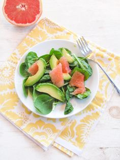 Grapefruit, Avocado, and Spinach Salad by katieatthekitchendoor #Salad #Grapefruit #Healthy