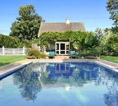 700 Hedges Sagaponack pool house and pool
