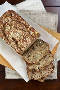 Banana Bread (made with spelt flour, and no added fats or sweeteners!)