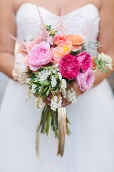 garden rose bouquet, photo by Joielala, bouquet by Twigg Botanicals http://ruffledblog.com/artsy-san-diego-wedding #flowers #weddingbouquet #gardenroses