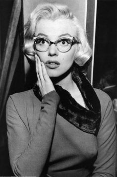 Marylin...geek cheek