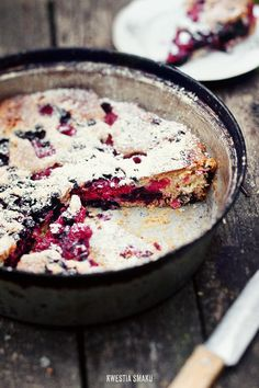Ciasto z owocami { #Fruit #Cake with #Blackcurrant and #Raspberry }