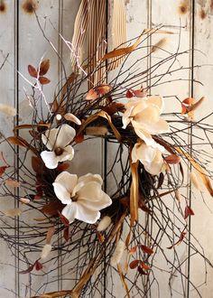 ۞ Welcoming Wreaths ۞ DIY home decor wreath ideas - Fall Wreath - Magnolias - Twigs