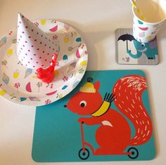 Placemats, coasters and party ware