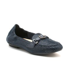 #EarthFootwear Scout shoe #flats #shoes for Fall '14.  http://www.earthbrands.com/item/earth-scout/36117/243