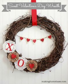 Valentine's Day Decor #Valentine's Day #Wreath