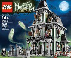 LEGO Haunted House!