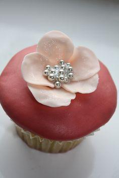 Large flower cupcake