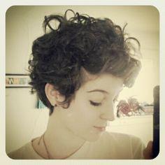 curly pixie hair, short hair, pixie cut for curly hair, fashion styles, curly hair pixie, curly haircuts, short curly hair, tree branches, cur hair