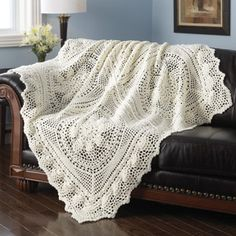 CROCHET PINEAPPLE AFGHAN FREE PATTERN - Wouldn't this be beautiful in thread as a table cloth.