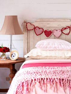 Heart Bunting - 30 DIY Valentine Decoration Ideas