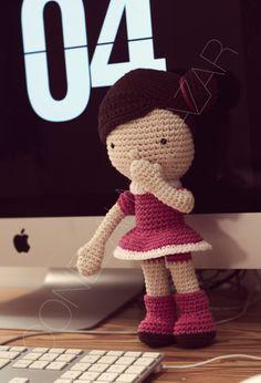 Ela. follow me: facebook.com/conelalmabazar