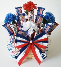 making 4th of July Candy Bouquet