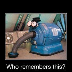 teletubbies!! how is it that my childhood tv show Is now my worst nightmare?! sooooo creepy..