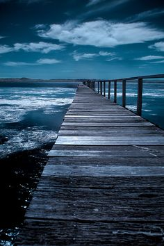 Watkins Jetty (by Naomi Frost)