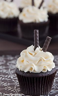 Dark Chocolate Cupcakes with Peppermint Swiss Meringue Buttercream