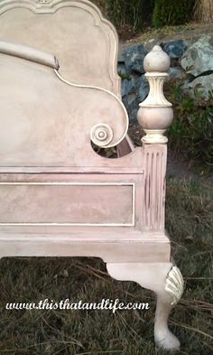 This look was created with a custom mix of Annie Sloan Chalk Paint in Antionette and Coco and then accented  with Old White.