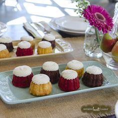 Nothing goes better with a bright spring table than bite-sized bundtinis! | Nothing Bundt Cakes