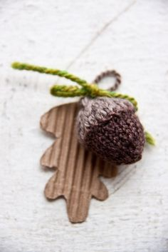 The wee twee tiny knitted acorn version by vermillion