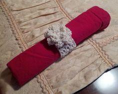 Crochet Napkin Rings with a Delicate Flower Instant by LuluBebeblu