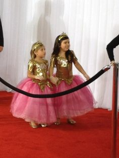 Sophia Grace and Rosie on the Grammys red carpet!