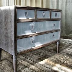 The New Traditionalists Dresser no. Seventeen.