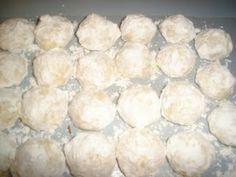 Mexican wedding cakes or Russian teacakes