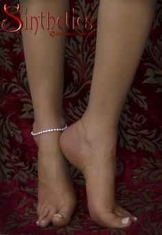 Sexy silicone feet and legs for foot fetish play