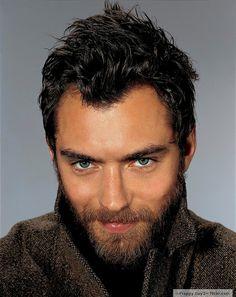 Scruffy Jude Law