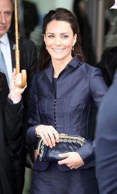 I need a good navy suit #KateMiddleton