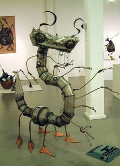 Sculptures part 2: Amazing Giant Insects by Matthew Roby, via Behance