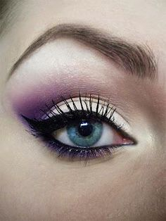 Lilac eye shadow
