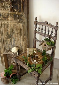 Sweet porch decoration.  Love, love, loved this chair!!!!