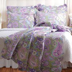 Portia Paisley Reversible Quilt Set