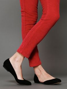 I want red pants.