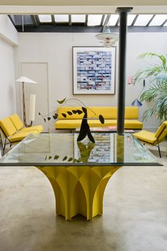 Who said furniture can't be yellow? // Living Rooms