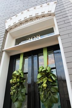 Exterior Christmas Decorations: We're Going Green - Old Town Home