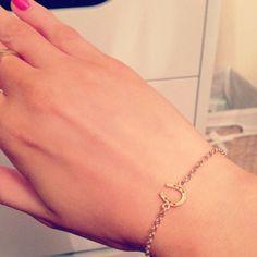 the charm bracelet redefined / image via: @hannahelizabethx #dogeared #horseshoe #luck #charmbracelet