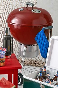 Invented in 1952 when a metalworker cut a marine buoy in half, adding air vents and legs. Perfect for preparing a movable feast. @webergrills | Photo: Yunhee Kim