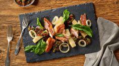 Wędzony filet z łososia na grillu z salsą z rukoli i pieczonym selerem #łosoś #rukola #lidl