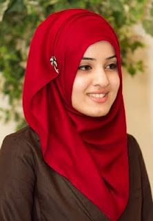 pretty red hijab
