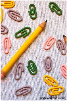 Cake Whiz | How to make fondant paper clips