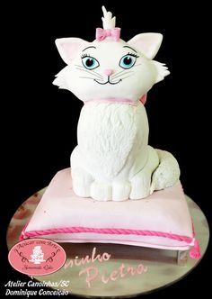Cake carved Marie Cat - 100% edible - 80cm by Açucar com Arte (7/9/2013) View details here: http://cakesdecor.com/cakes/72127