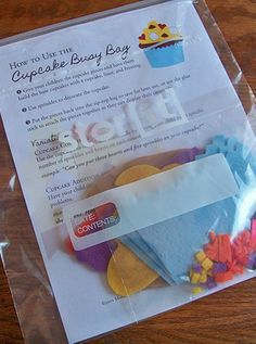 Build-Your-Own Cupcakes Busy Bag (free printable patterns & instructions) --