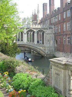 Bridge of Sighs, Cambridge, England