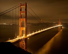 The iconic Golden Gate...
