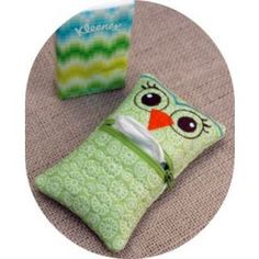 """In The Hoop :: Bags, Cases & Wallets :: Owl Tissue Holder - Embroidery Garden 