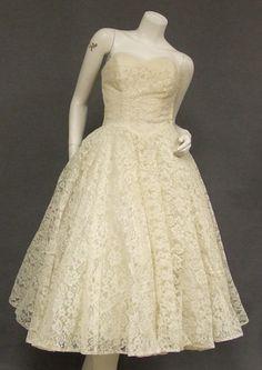 vintage 50's ivory lace tea length wedding dress $275