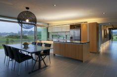 Designgroup Stapleton Elliott designed the Dixon House in Martinborough, New Zealand.