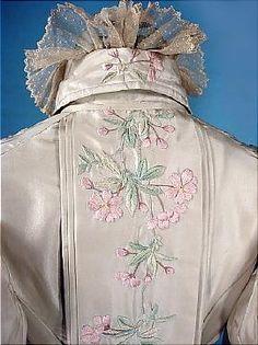 c. 1895/6 Silk Taffeta Dressing Gown